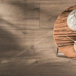 Produktbild Bodenfliese in Holzoptik Scarlett braun 20x120 matt | Feinsteinzeug